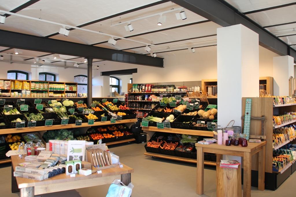 Obst und Gemüse im Hofladen